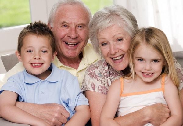 Как оставить детей у бабушки и дедушки?