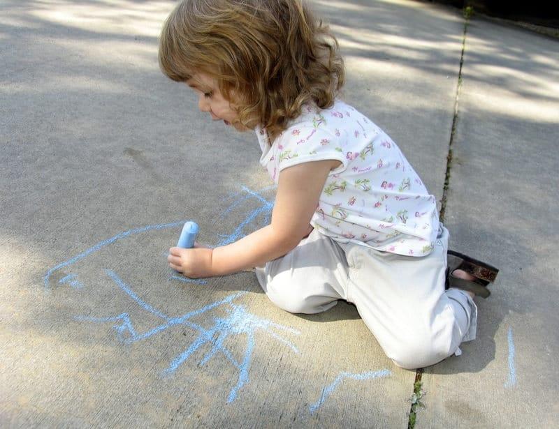 Ребенок левша или правша