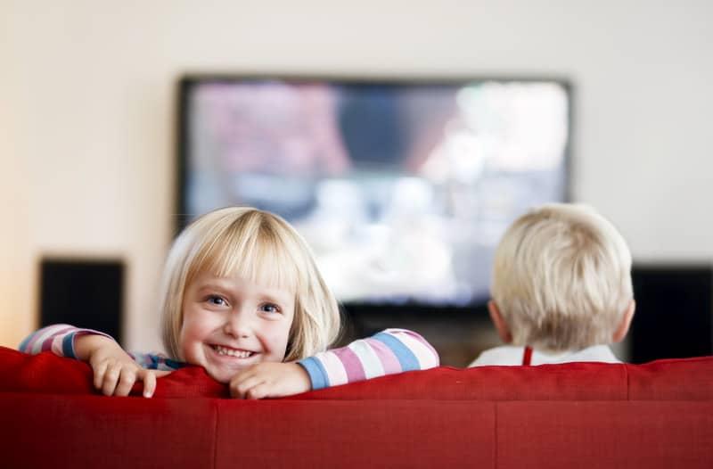 Телевизор и ребенок. Польза или вред
