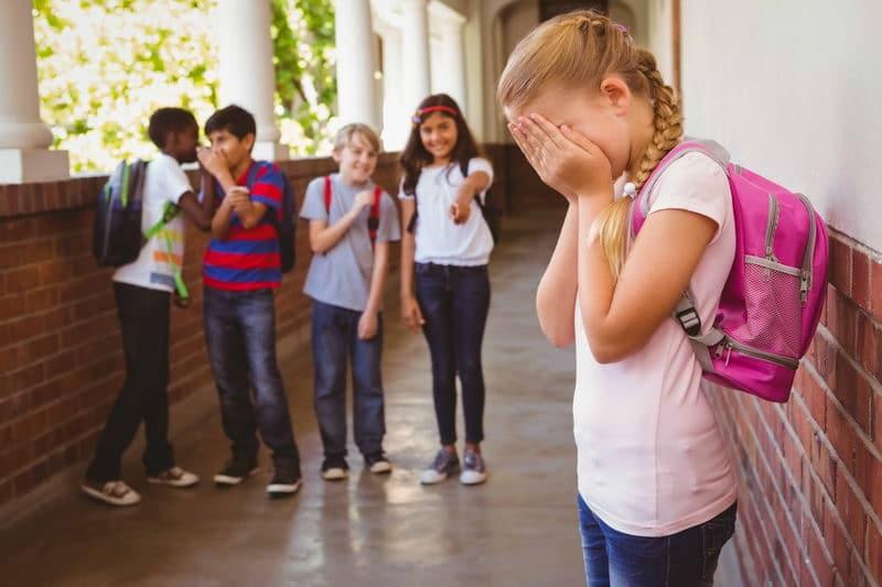 Насмешки в школе